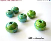 Round greek ceramic beads, accent beads, two tone enameled beads, turquoise / lime green, 16mm  - 6 pieces