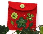 Felt coin purse,Christmas gift bag,handmade felt floral purse,red and green felt gift bag,jewellery bag,felt jewellery case,red purse,CIJ