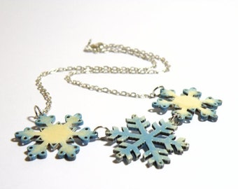 Wooden SNOWFLAKES necklace with shiny silver chain