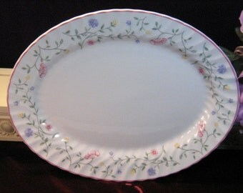 Johnson Brothers Summer Chintz Staffordshire Oval Serving Turkey Platter, Porcelain China Dinnerware, 1980s Mid Century Platter England