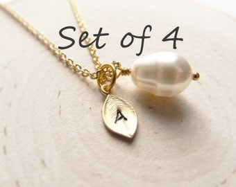Bridesmaid Necklace Set of 4, Gold Personalized Necklace, Teardrop Pearl with Initial Charm, Wedding Jewelry, Gold Pearl Jewelry, Bridal