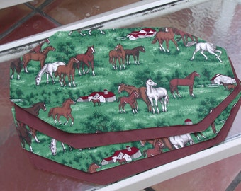Horse Dinner Mats, Table Placemats Set of 4 Green Meadows Horses, Kitchen Decorating, Dinning Table Decor, Housewares Decor, Horse Placemats