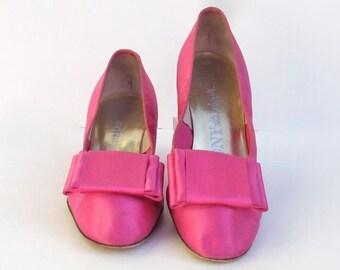 Designer Shoes Pink Satin Audrey-Like Vintage