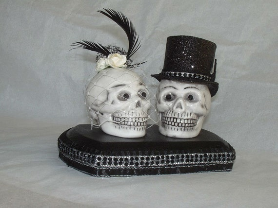 Skull Couple Wedding Cake Topper by purplemadison on Etsy