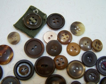 Little Brown Buttons, Mixed Lot of Brown Buttons, Vintage and Newer Buttons, Destash Buttons in Brown, Craft Buttons