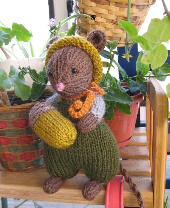 Alfie Acorn  Handmade Brambly Hedge Harvest Mouse    Very lovely