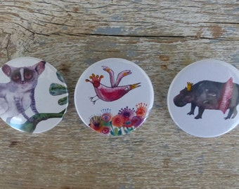 PACK 3 ILLUSTRATIONS | Pins buttons 38mm