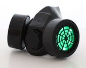 Light Up LED Gas Mask (Green LED Lights) Respirator Costume Steampunk Burning Man Halloween Deadmau5