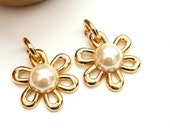 Awesome Erwin Pearl Flower Earrings with Faux Pearl Centers