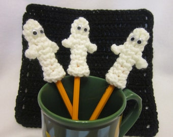Ghost Pencil Toppers Set of 3 Crocheted Halloween Birthday Party Favors, Halloween Ghosts for Pencils