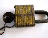 Pad Lock with Master Key vintage in yellow