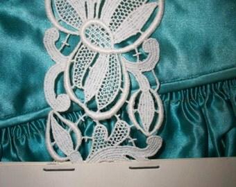 1 Antique lace salesman's sample