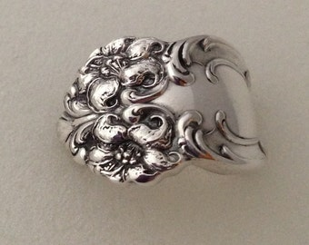 Spoon Ring Tiger Lily 1901 Size 6 to 12 Vintage Silverplate Silverware Jewelry