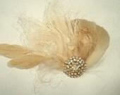 Bridal Hair Clip, Wedding Fascinator,Bridal Fascinator, Gold,Bridal Hair Accessories, Bridal Accessories, Wedding Accessories, Bridal Comb