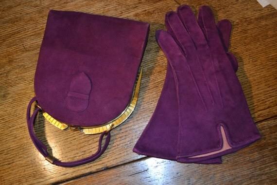 Vintage 1930's/ 1940's purple suede bag and gloves set Art Deco
