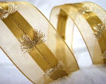 Ribbon Gold Wired Sheer Edges Center Tassel Detail