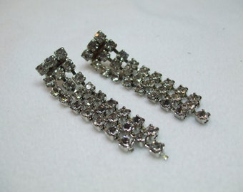 Vintage Square prong set dangle rhinestone earrings Clip On