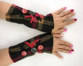 felted wool arm warmers fingerless mittens recycled wool plaid fingerless gloves arm cuffs black red  eco friendly tagt team teamt