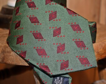 Retro Christmas Tie, Men's Silk Necktie, Coach, Handmade in Italy, Christmas, Red and Green, Holiday, Green, Diamond, FREE US Shipping