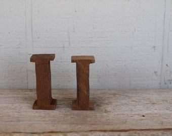 Vintage Natural Wooden Letter I