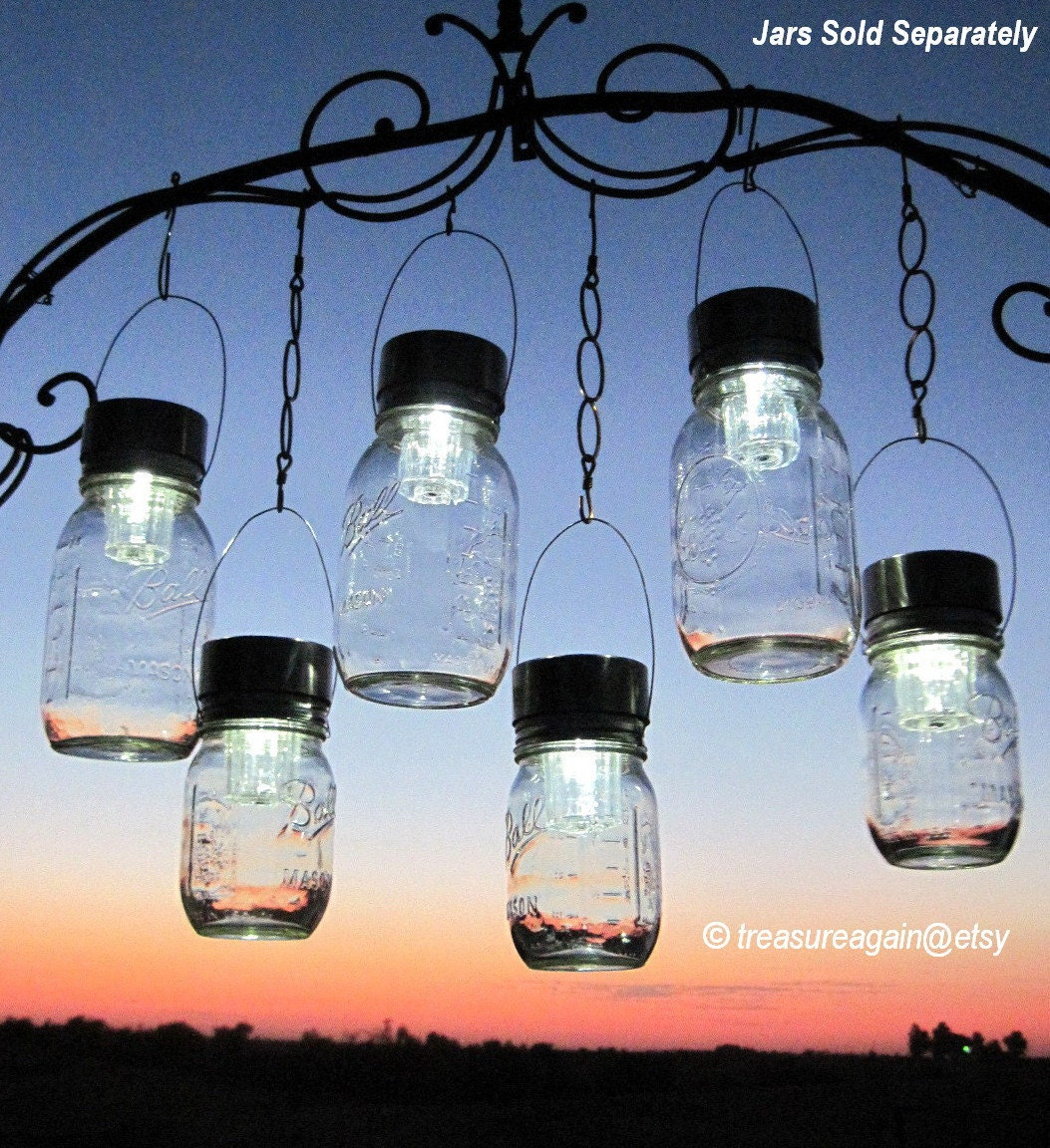 Hanging solar patio lights -  Zoom
