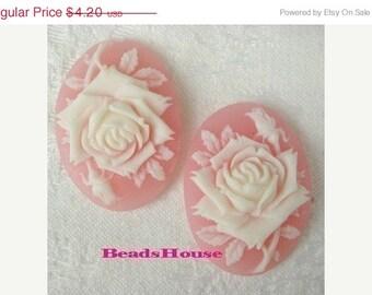 90-00-Ca - 4pcs (18 X 25mm) Pretty Oval Rose Cameo -Cream on Pink.