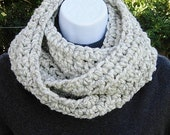 INFINITY SCARF Cowl Loop, Off White Wheat w/ Black, Thick Soft Wool Blend, Crochet Knit Winter Circle, Neck Warmer..Ready to Ship in 2 Days