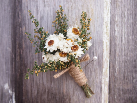 Simple COUNTRY Wedding Boutonniere - Perfect for your Country Wedding
