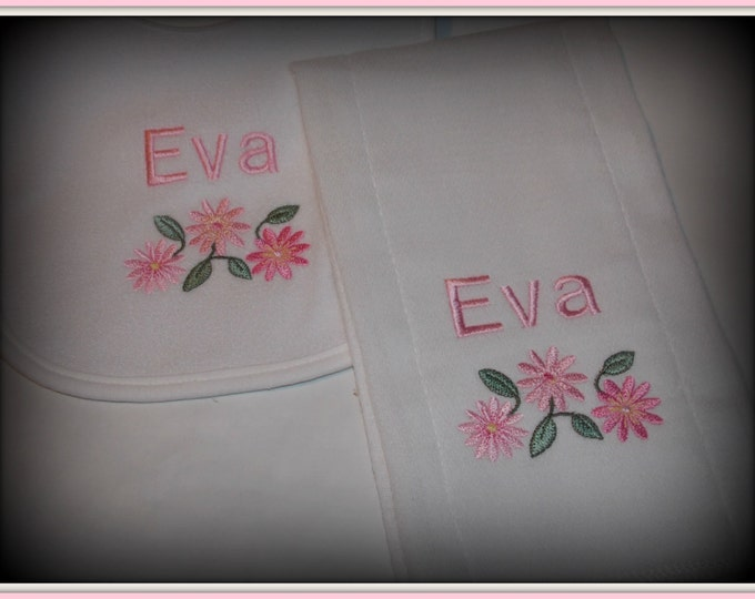 Flowers Personalized baby bib and burp set - baby girl shower gift -  Embroider bib and burp cloth set - Monogram girl gift - daisy flower