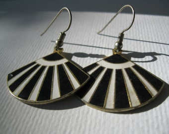 Vintage Black and White Enamel Dangle Earrings