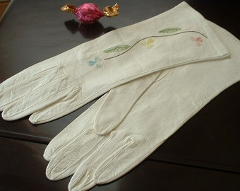 Vintage White Kid Leather GLadies Gloves Hand Embroidered Pastel Flowers with Cut Out Lace Work Mid SleeveLike New