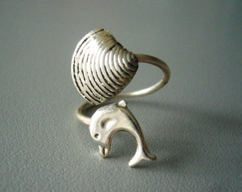 silver dolphin ring with a shell, wrap open style, adjustable ring, animal ring, silver ring, statement ring