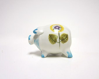 cute pig salt or pepper shaker - 1960s - handpainted ceramic - colourful, flowers, adorable