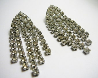 Vintage Large Clear Rhinestone dangle peirced earrings great for Wedding
