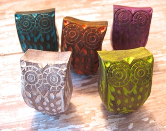 2 Wood Owl Knobs Vintage Style Choose Your Color Woodland Rustic Style B-9