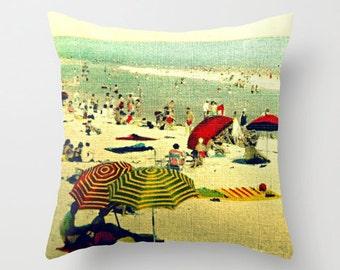 Hostess Gift, Vintage Beach Pillow Cover, Beach Umbrellas Pillow, Hostess Gift Ideas, VintageBeach Mom Gift Decorative Pillow Best Seller