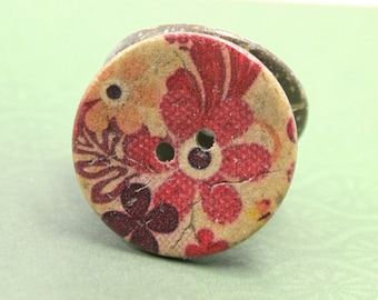 Flower Wooden Buttons - Vibrant Red Theme Flowers Coconut Buttons 1 inch . 6 in a set