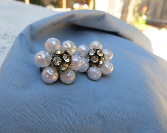 Pretty Vintage Cluster Style Clip on Earrings Faux Bumpy Pearl Beads with Black Center w Rhinestones
