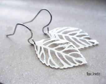 Silver Leaf Earrings, Filigree Leaf Earrings, Silver Earrings, Silver Leaves Earrings, Nature Inspired, Woodland Earrings, Everyday, Simple