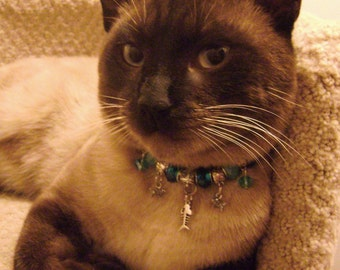 Pretty Kitty Big Hole Style Crystal Beaded Leather Cat Collar Necklace