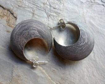 Sterling Silver Hoop Earrings, Crescent Moon Earrings, Bold Silver Earrings, Grooved Silver Earrings, Moon Shape Earrings, boho earrings