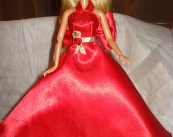 Red Carpet Collection - Amazing formal dress in shiny red Satin with gold trim, bows & Tulle slip for Fashion Dolls - ed436