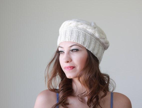 Beige knit hat, Women beret, Ladies knit cap in beige, Women tam, Autumn trend hat, Fall trending hat, Ladies knit hat, womens gift