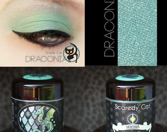 Green Eye Shadow - Vegan - Loose Mineral Pigment Eyeshadow - Scaredy Cat - DRACONIA - 5 mL Sifter