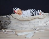 Photography prop Wood Boat with 2 Oars, removable newborn platform and Toddler seat