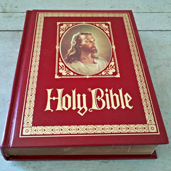 Vintage Heirloom Bible 1978 Family Reference Regency Holy Holy Bible Side Cover