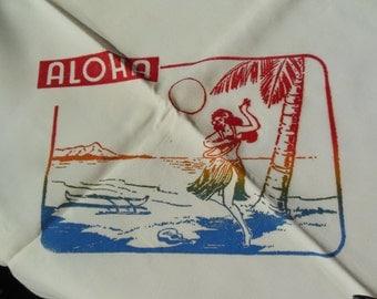 Vintage 1940s Hawaii Novelty Tablecloth & Napkins, Multicolored