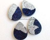 One Bright Metallic Silver and Blue Sparkling Druzy Tear Drop Shape Cabochon 20 x 15mm