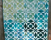 Traditional Storm at Sea Quilt Wallhanging in Teal, Aqua, Turquoise, Celedon, Deep Green