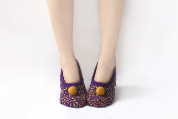 LAST PAIR ready to ship in size 7! Purple Crochet Slippers with Felted Embellishment, Ready to Ship
